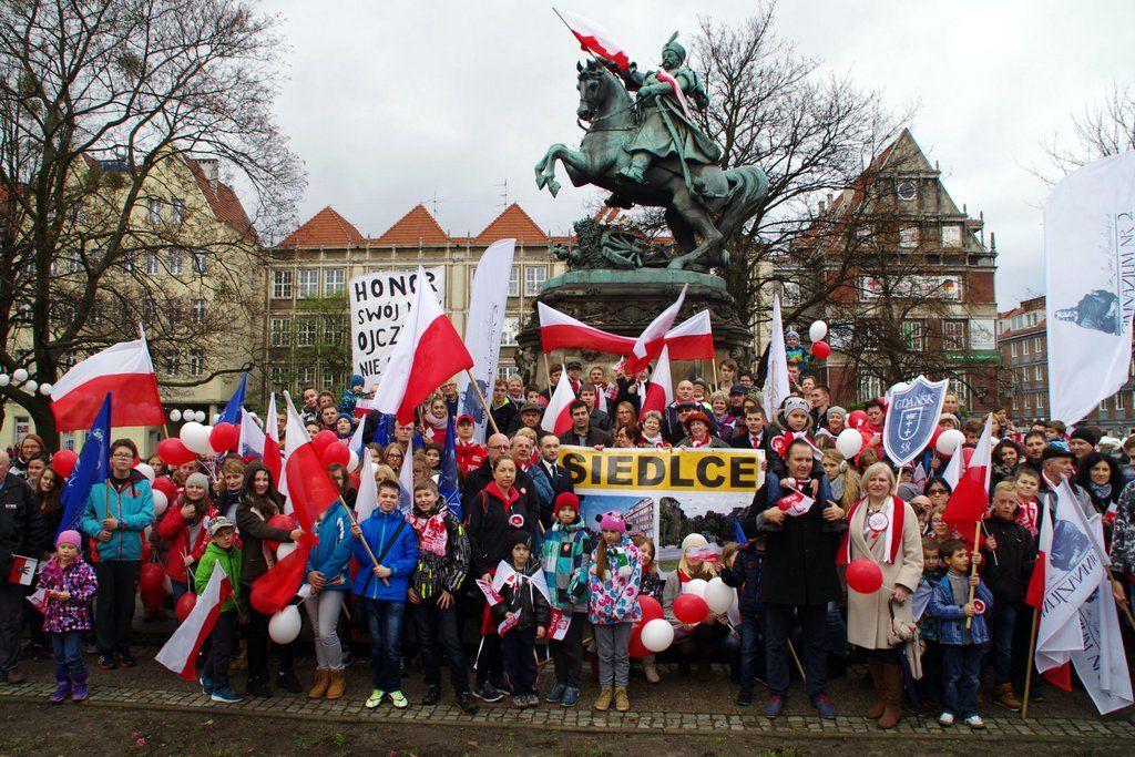 Uczestnicy Siedleckiej Parady Niepodległości 2015 rok.