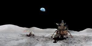 Ziemia widziana z powierzchni Księżyca podczas misji Apollo 17