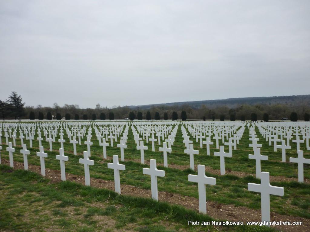 Cmentarz poległych w bitwie pod Verdun żołnierzy francuskich