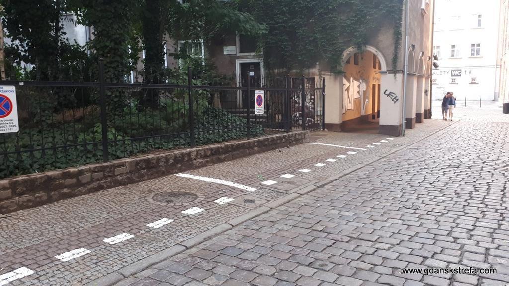 Parking na chodniku