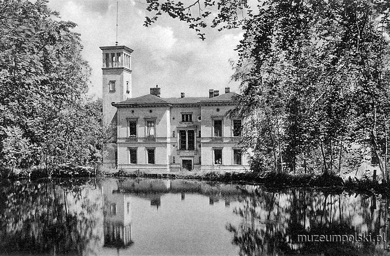 Stawowie (Hochwasser) – istniejąca do dziś, pochodząca z 1857 r. neorenesansowa rezydencja gdańskiego kupca, przemysłowca i armatora Heinricha Theodora Behrenda, otoczona rozległym parkiem z sześcioma stawami przy zbiegu alei Niepodległości.