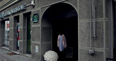Adwokacka kamienica z windą i dentystką