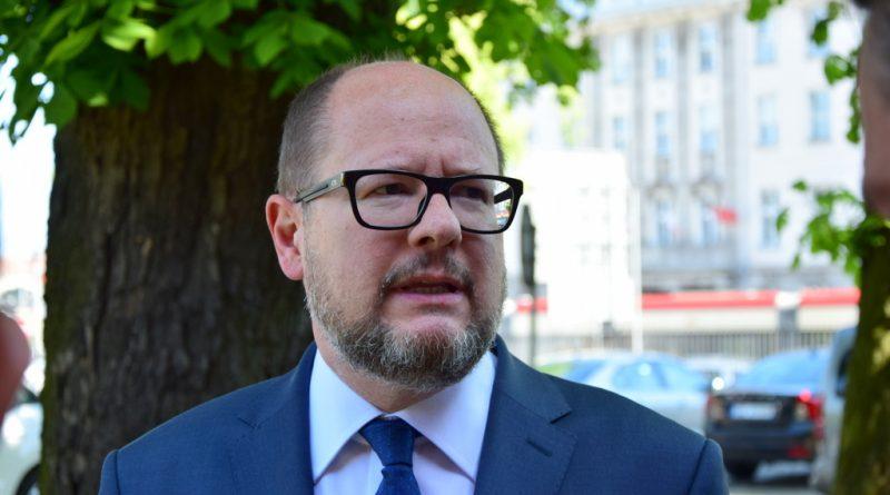 Prezydent Paweł Adamowicz walczy o życie